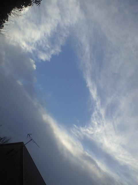 雲間に窓.jpg